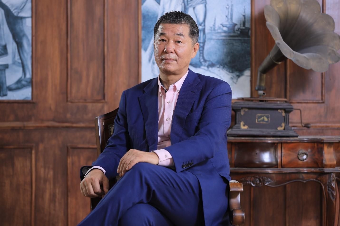 TS.Chủ tịch – Mr Han Jong Beum Đơn vị chủ quản : Chủ tịch Liên Đoàn Quốc Tế Trao Đổi Đa Văn Hóa Châu Á Hàn Quốc